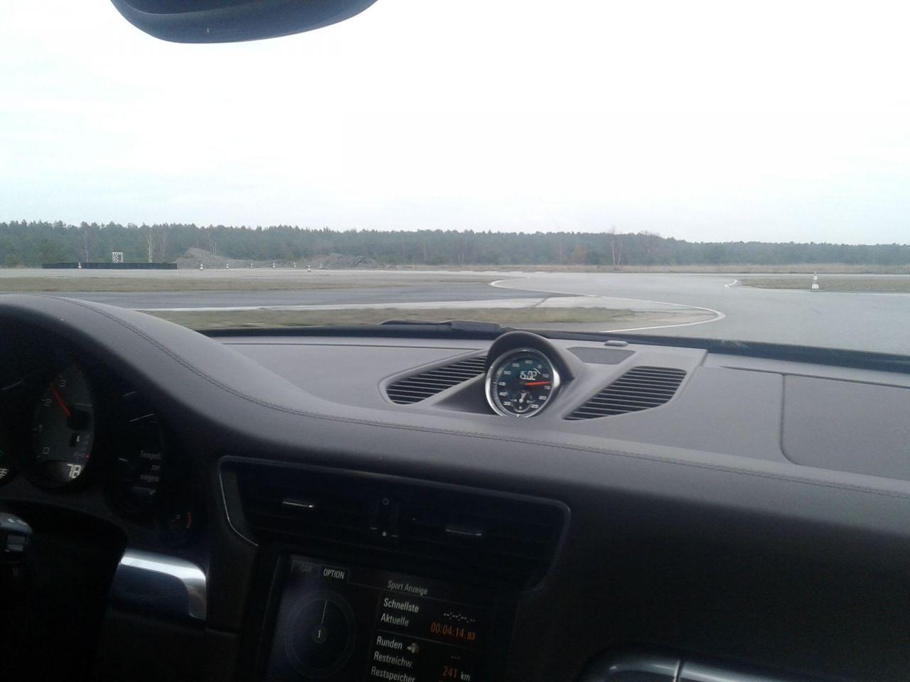 Im Porsche Cabrio beim Training